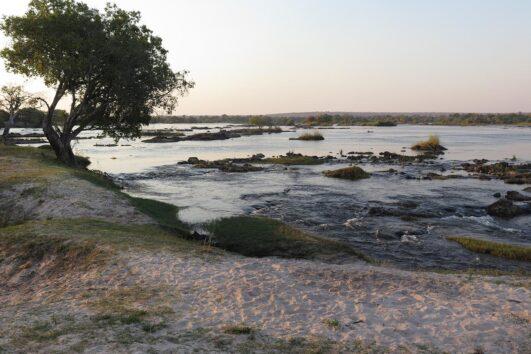 detour-trails-tours-matobo-hills-adventure-groups-family-zimbabwe