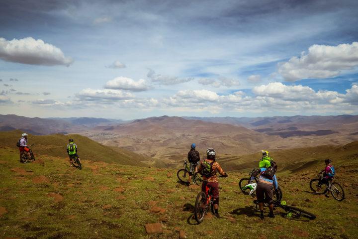 lesotho-gravity-experience-detour-trails-tours-cycling-Sani-Pass