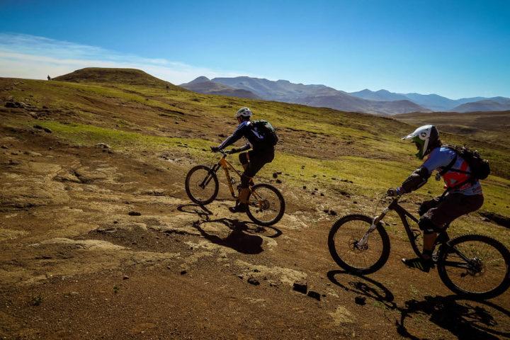 lesotho-gravity-experience-detour-trails-tours-off-road-extreme-groups-mountain-biking-Sani-Pass