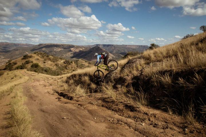 valley-day-trips-1000-hills-detour-trails-tours-bush-adventure-zulu-rural
