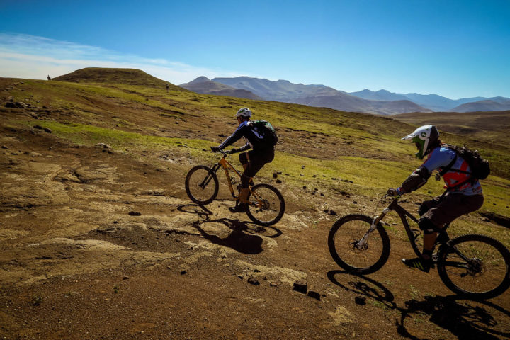 lesotho-gravity-experience-detour-trails-tours-off-road-extreme-groups-mountain-biking-Sani-Pass