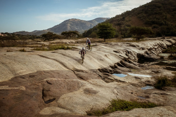 valley-day-trips-1000-hills-detour-trails-tours-cycling-africa-zulu